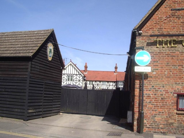 Maltings House Apr 09.jpg
